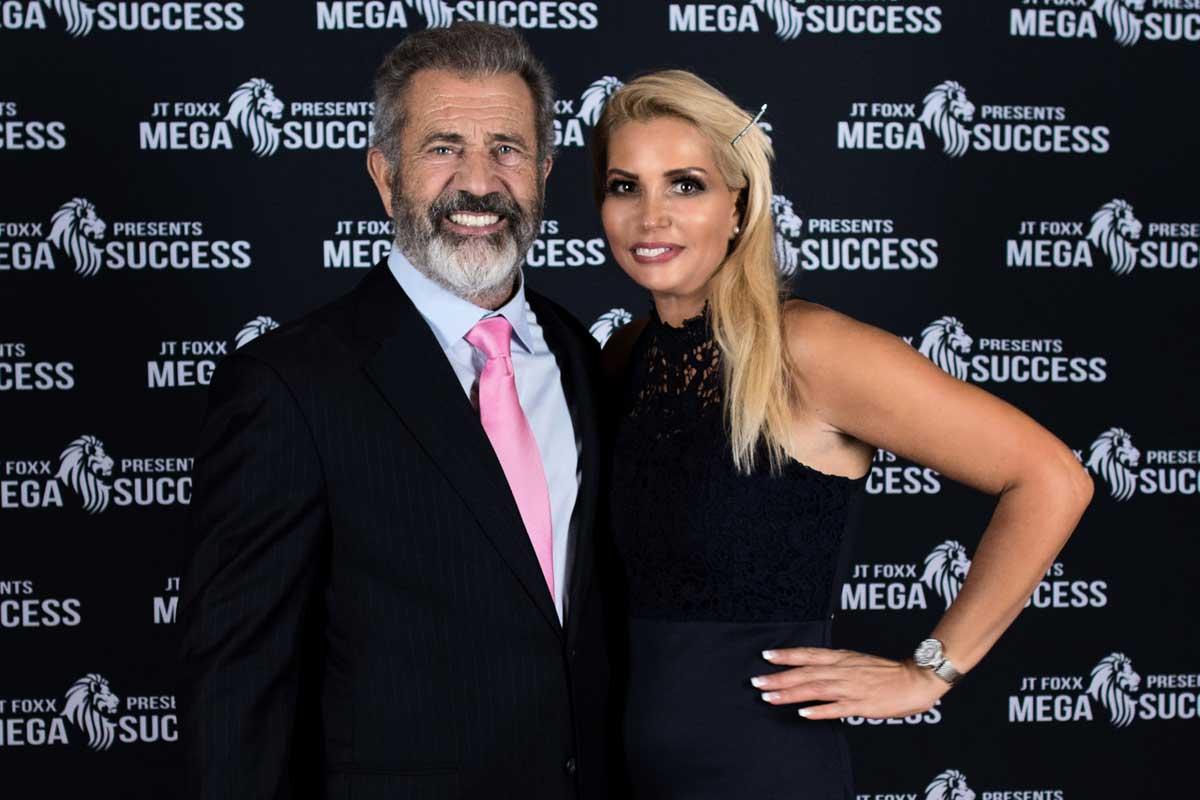 Nikki Hollender mit Mel Gibson